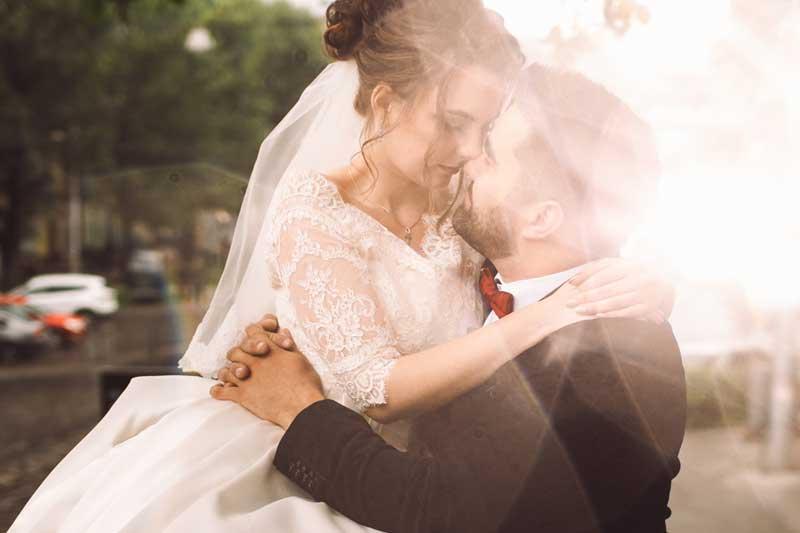 Sonnenlicht - Hochzeitsfotos mal anders